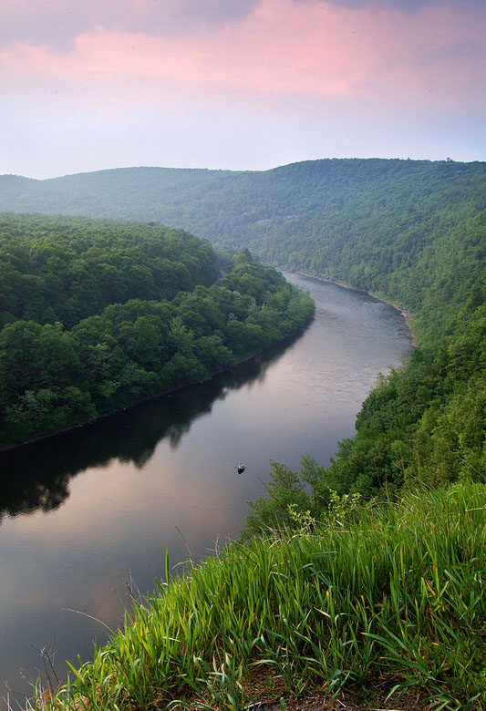 delaware water gap jewish dating site Christians spread rumors that jewish officials sometimes kidnapped and killed young boys for their sacrifices sometimes a mob might break into the ghetto, killing some people individuals were sometimes forced to convert one of the effects of european nationalism was the expulsion of a country's jewish population england was the.